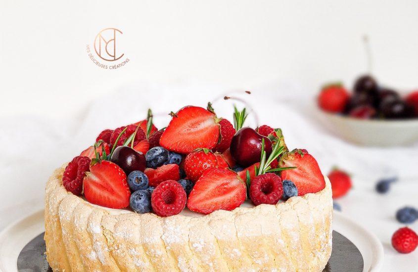 Charlotte chocolat blanc et fruits rouges